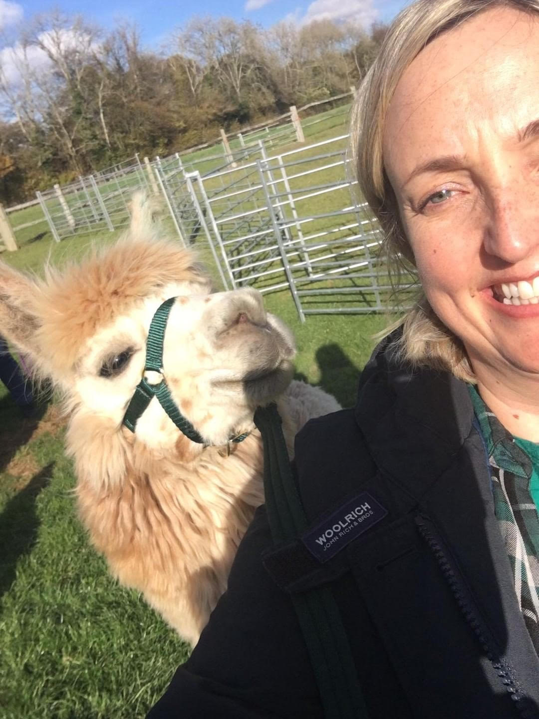 Christy and Rillian alpaca selfie